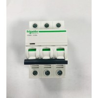 Автоматические выключатели Schneider Electric 3-полюсной C63А iC60N 6кА